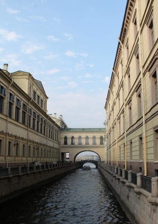http://data26.gallery.ru/albums/gallery/189078-ed966-89961537-m750x740-u993a6.jpg